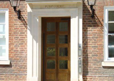 pump-door